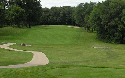<b>HOLE #16 I PAR 4 I 367 YARDS BLUE TEES</b> 